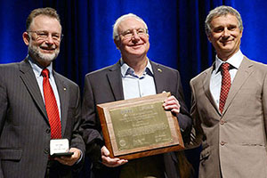 Quantum Design Co-Founder Dr. Michael Simmonds Receives the 2016 IEEE Award